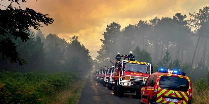 Incendie Saint Jean d'Illac (33)